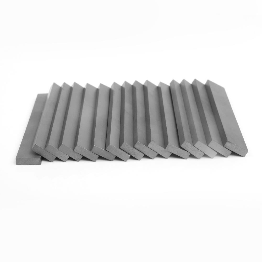 Tungsten carbide stirps or cemented carbide strips