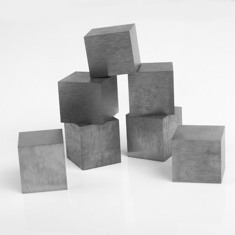 Tungsten alloy cube in high density